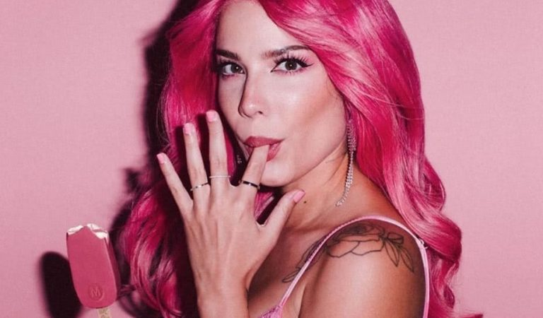 Halsey Total Net Worth in 2021: How Much Is She Earning?