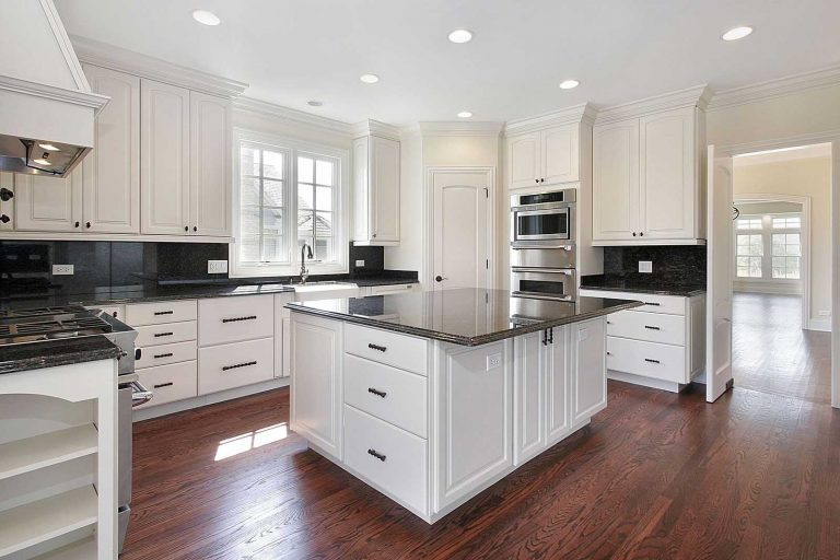 Best-Finishes-for-Kitchen-Cabinets