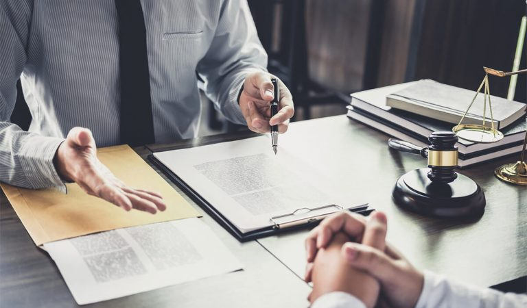 Top Reasons to Hire an Attorney For Divorce