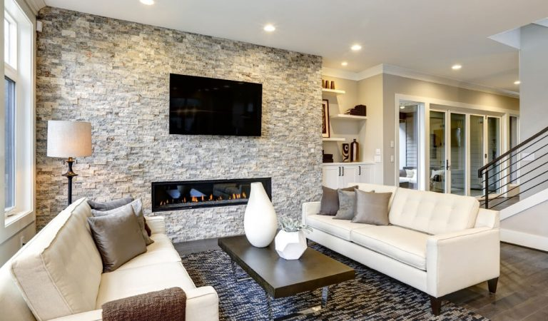 Essential Benefits of Hiring a Professional TV Mounting Company