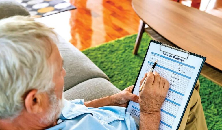 How Does A Reverse Mortgage Work In Canada?