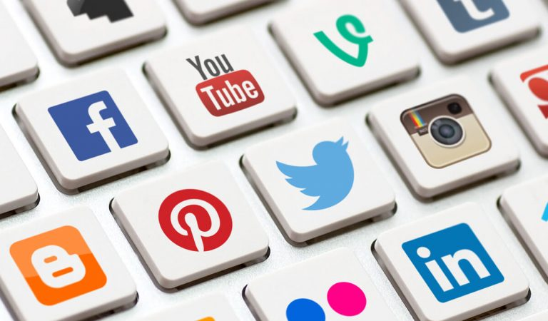 7 Tips for Using Social Media to Create a Better Brand